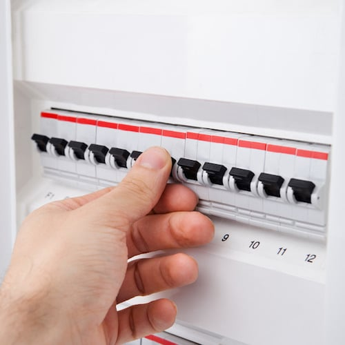 7 Electrical Safety Tips from the Professionals